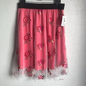 Lularoe XL Lola Skirt White Embroidered Skirt